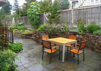 Seattle Garden for Outdoor Living