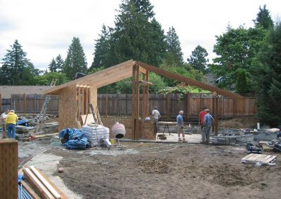 The garden shelter under construction